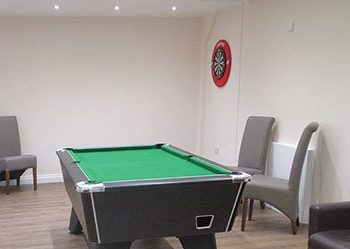 Kingslakes Pool table